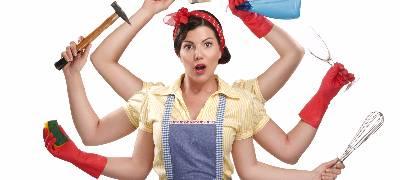 Femme multi-tâches productivité